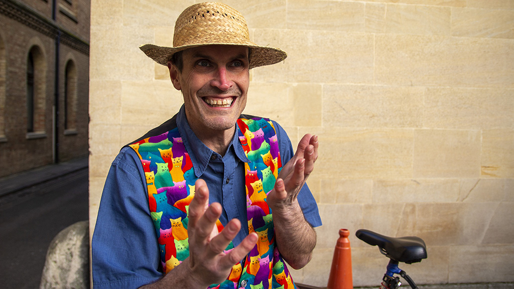 Oxford Time Tours, Peter Hart give a family friendly walking tour